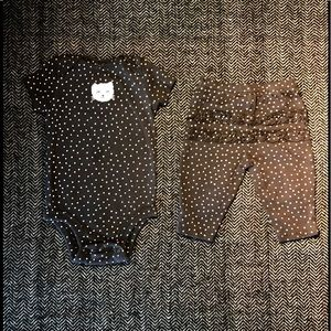 2 Carters matching leggings and onesies sets